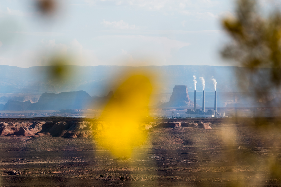 Navajo Generating Station coal plant shutdown looms, Arizona Navajo and Hopi tribes look for economic solutions